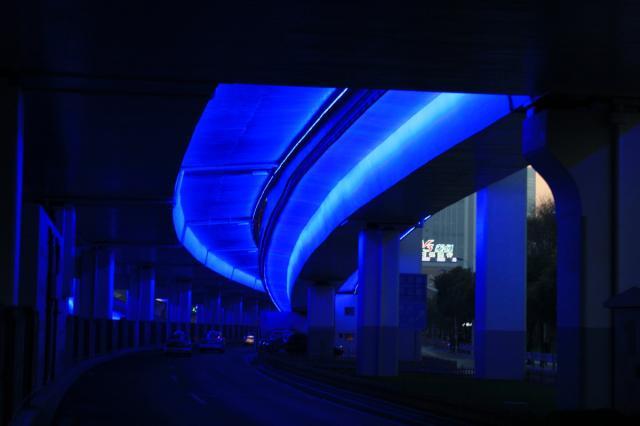 Shanghai Highway in der D&aumlmmerung